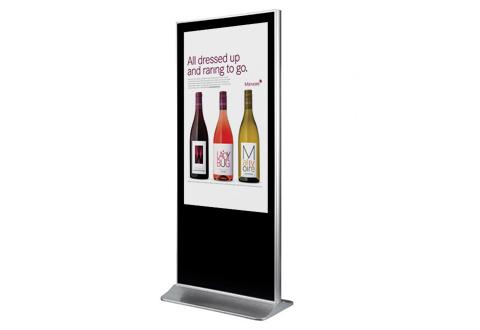 智能物联网下:液晶广告机的服务及硬件提升。